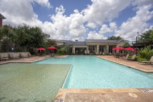 Three Bedroom Apartments for rent in San Antonio, TX - Pool & Clubhouse