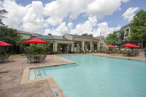 Three Bedroom Apartments for rent in San Antonio, TX - Pool with Umbrella Tables
